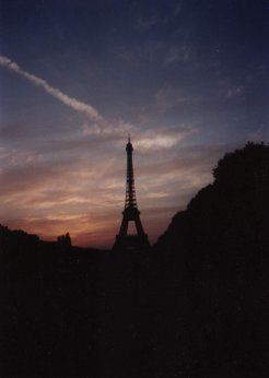 Travel Photo Roulette: Eiffel Tower. Copyright by groundedtraveler.com